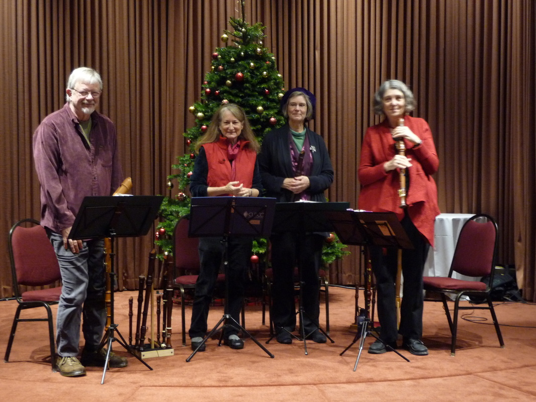 Plein Aire Recorder Group taking a bow after their performance